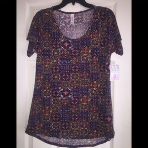 New lularoe top